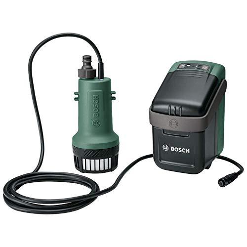 Bosch Tauchpumpe GardenPump 18 (ohne Akku, 18-Volt-System, max. Länge des Gartenschlauchs: 25 m, im Karton)