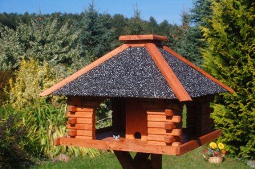 Massives Futterhaus mit Strukturputz, Vogelhaus, Vogelvilla, Vogelhäuschen, Vogelhäuser