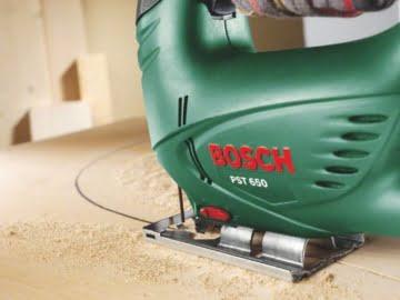 Bosch DIY Stichsäge PST 650, 1 Sägeblatt T 144 D für Holz, Koffer (500 W, Schnitttiefe in Holz 65 mm, Schnitttiefe in Stahl 4 mm) -